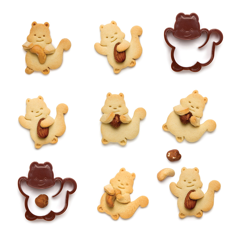 The Nutter Cookie Cutter Makes Nut-Hugging Squirrel Cookies