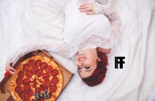 These Pizza Wedding Photos Will Make You Hungry For Love