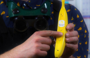 The Banana Phone Now Exists And I Need One Badly!