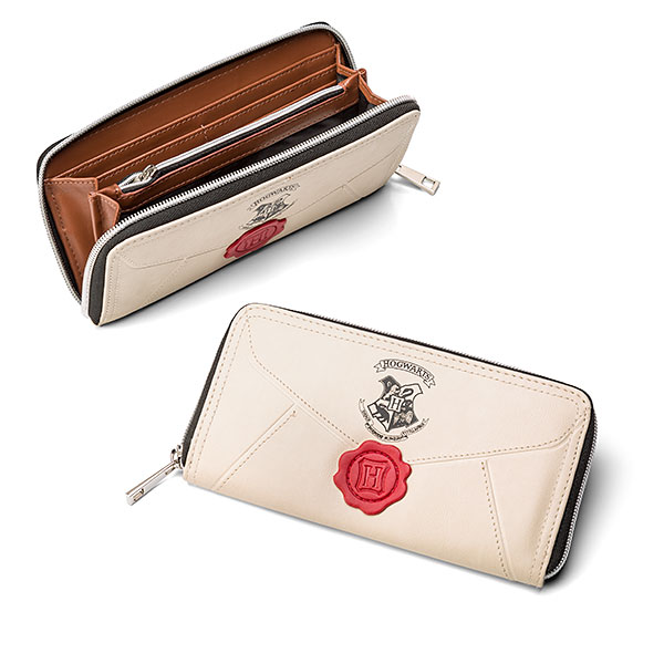 This Hogwarts Acceptance Letter Wallet Is So Perfect