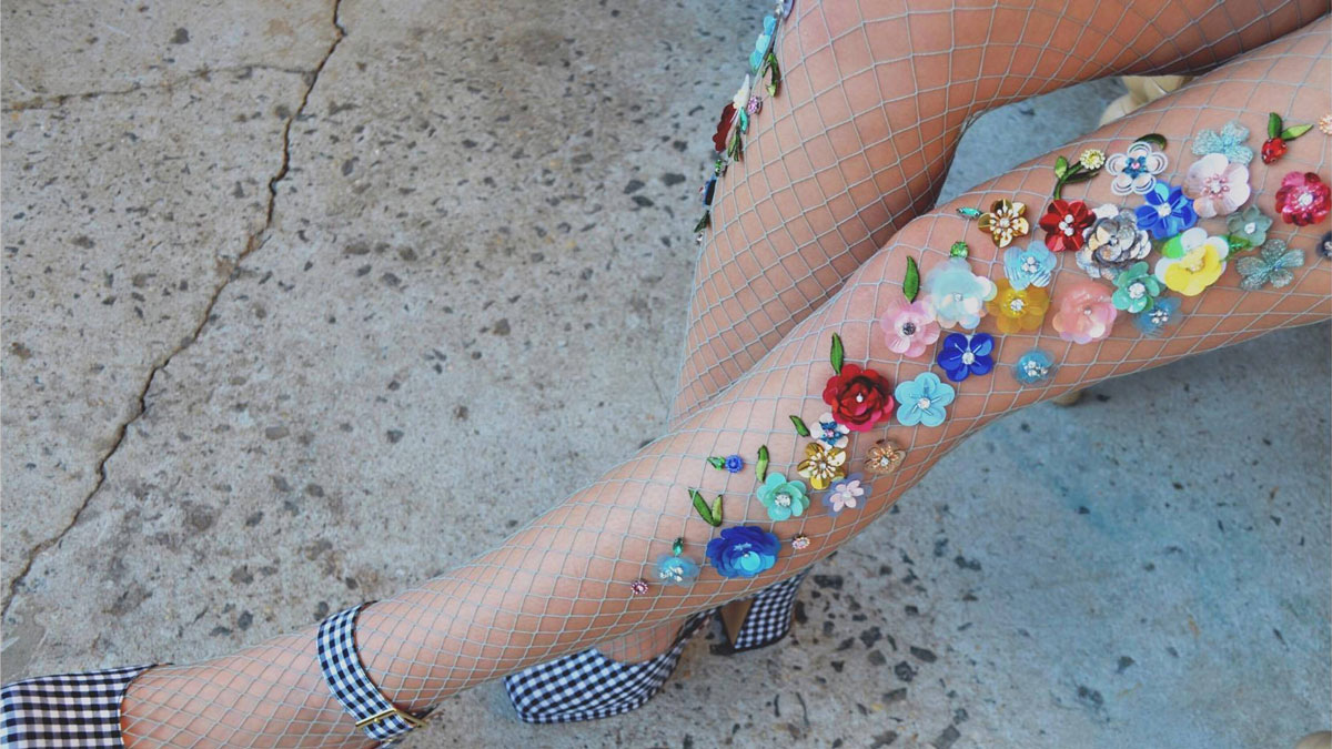 Check Out These Super Pretty Flowered Fishnet Tights