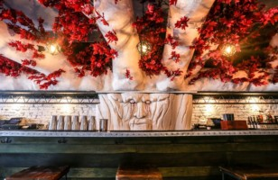 This Pop-Up Game Of Thrones Bar Looks Absolutely Amazing