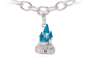 Hogwarts Castle to Wear as a Bracelet or a Pendant