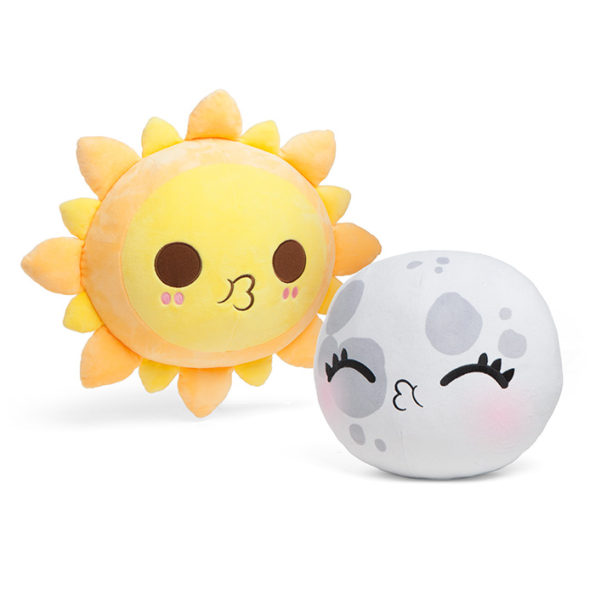 Demonstrate Total Solar Eclipse With Plush Sun And Moon