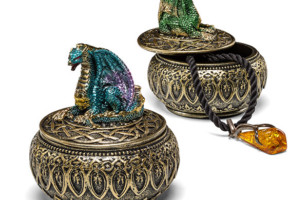 Trinket Boxes Protected By Dragons
