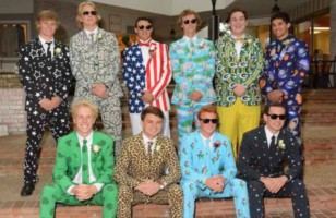 Funky Way of Wearing Prom Suits