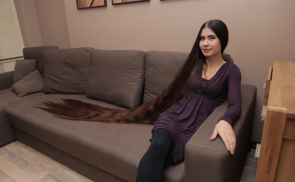 Real-Life Rapunzel with 90-Inch-Long hair!!!