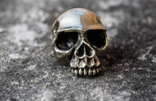 The Stuff of Legends : The Skull Rings