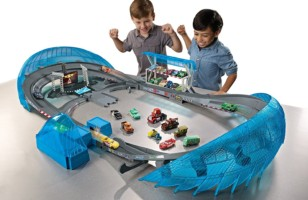 The Thrilling, Climatic Race in Disney/Pixar Cars 3 Toys