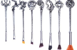 Medieval Makeup Magic: Game of Thrones Makeup Brush Set