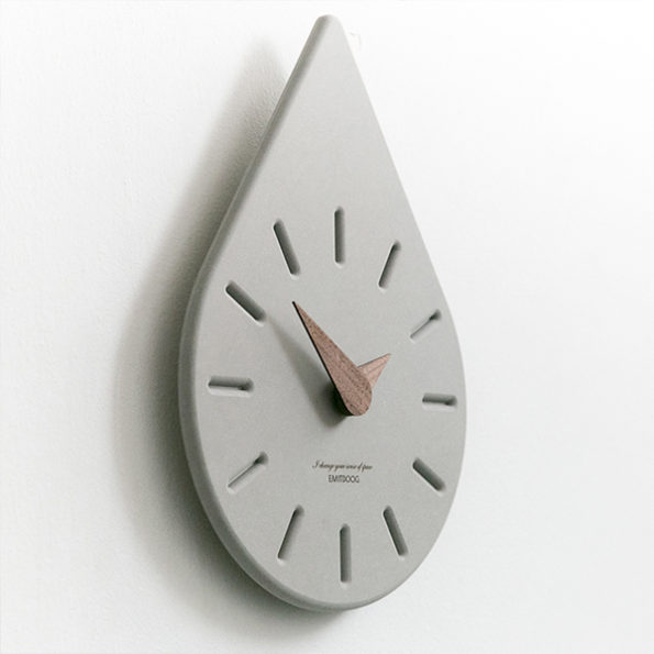 Unique Design Water Drop Wall Clock