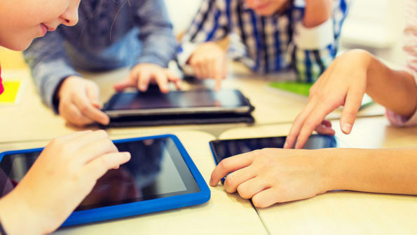 Pros and Cons of Using Technology In The Classroom