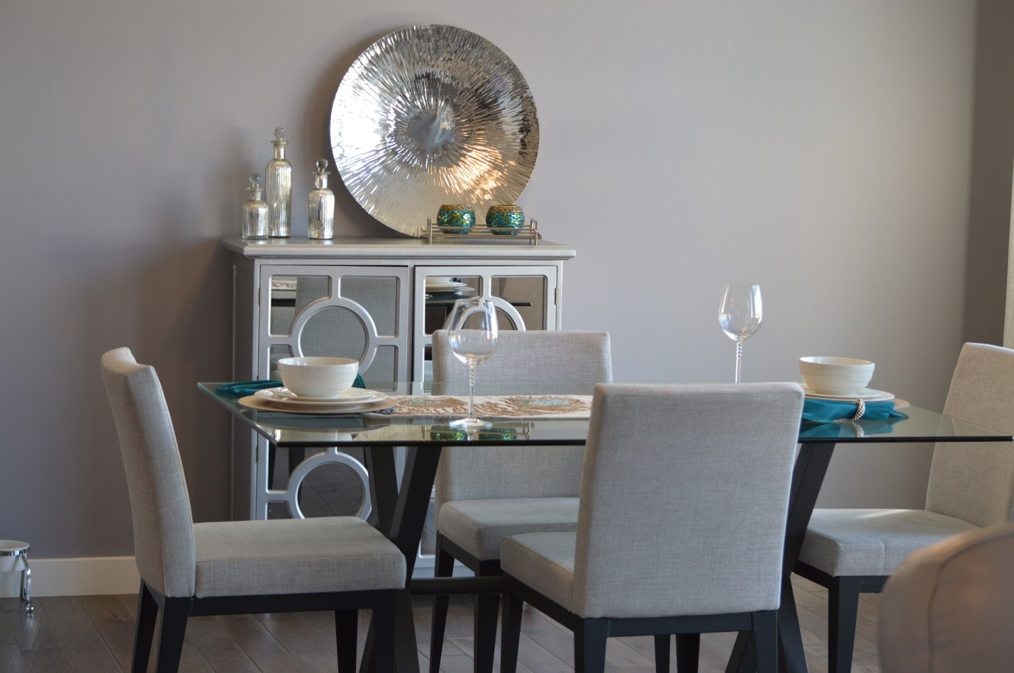 Your Best Guide to How You can Properly Choose the Right Dining Chairs