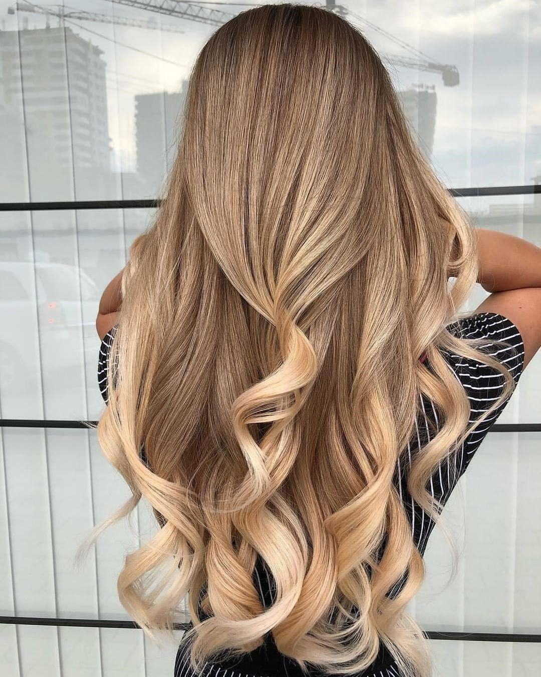 9 Examples of Light Brown Hair with Lowlights and ...