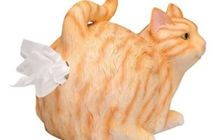 WHAT ON EARTH Cat-Butt Tissue Holder