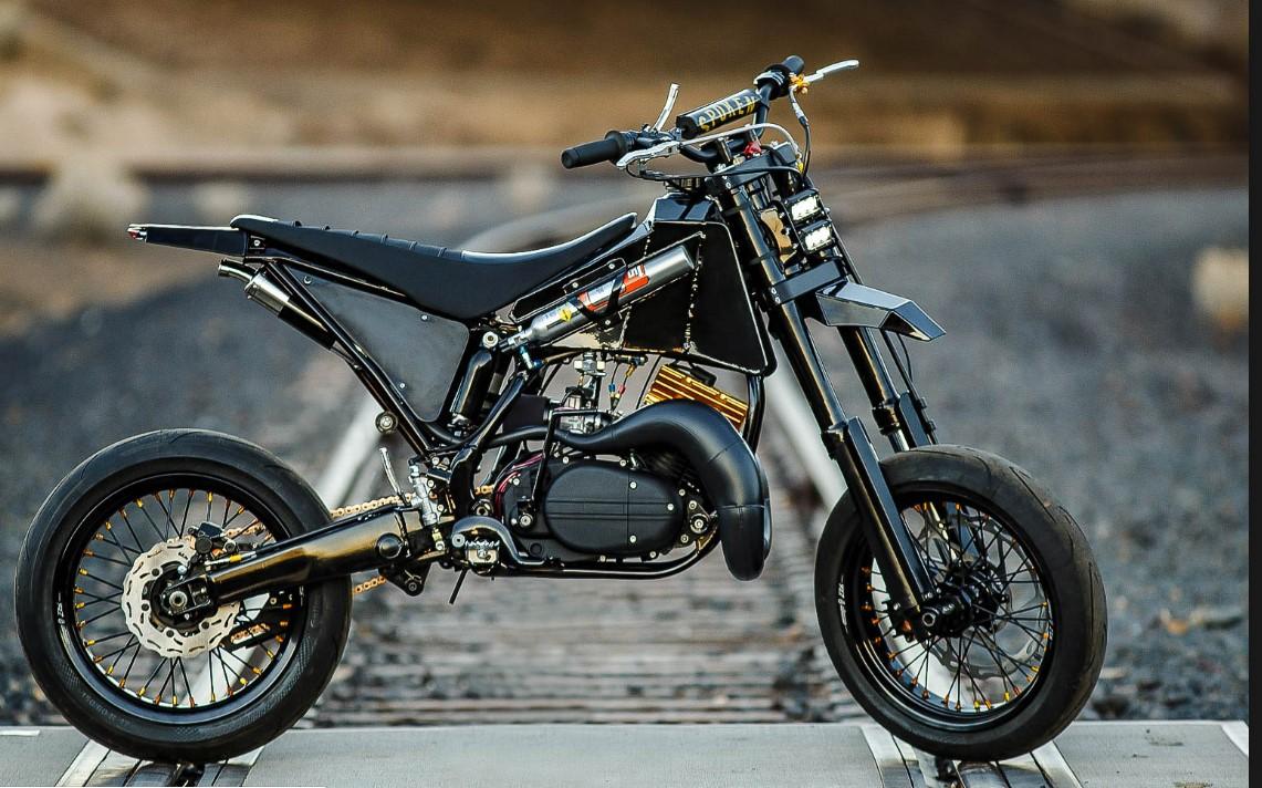 Turn Your Yamaha Into a Supermoto