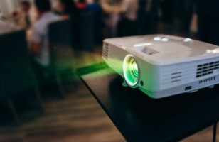 Top 3 Money-Worthy Moves For Buying A Video Projector
