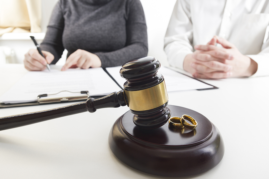 7 Helpful Tips To Reduce The Cost of Your Divorce