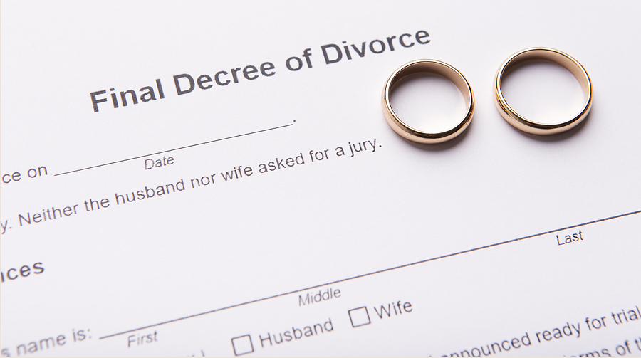 Is Online Divorce Better Than Hiring an Attorney?