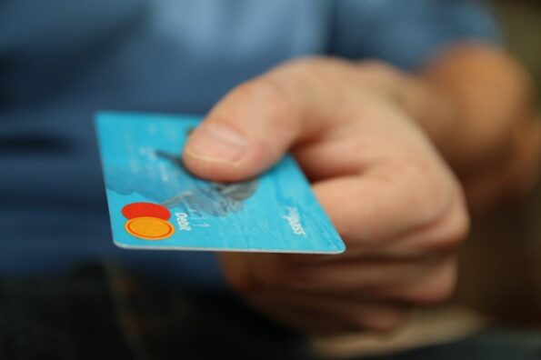 How Installment Loans Can Help Individuals with Bad Credit