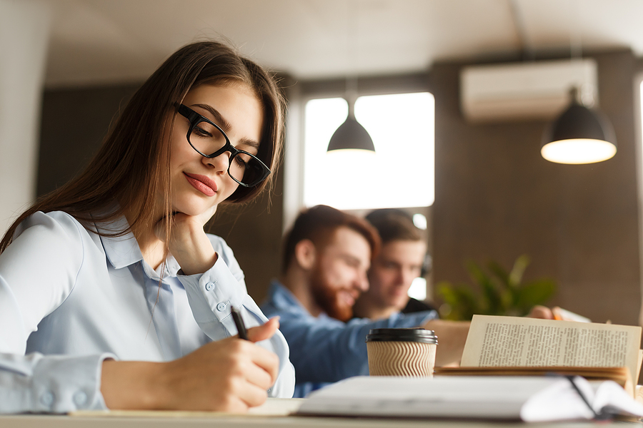 What are the best aspects to consider when writing an academic essay?
