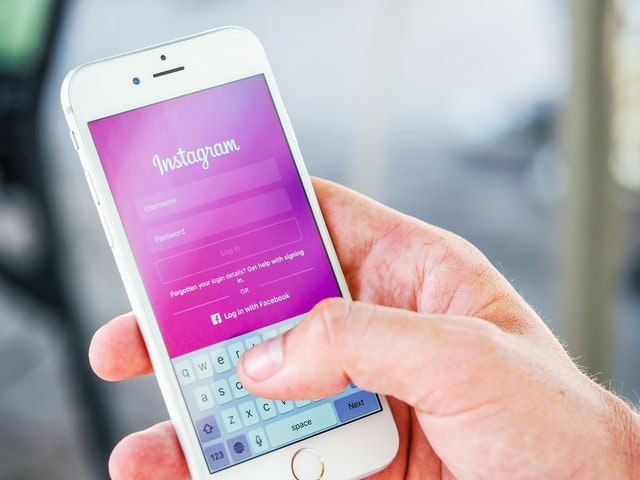 What are the benefits of Instagram business accounts?