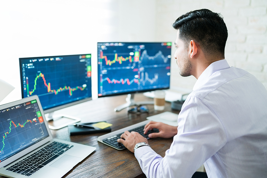 What is day trading? Is it right for you?