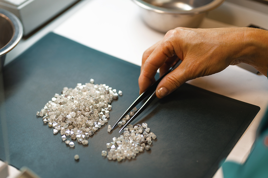 Brilliant Earth Review - Ethically-sourced Diamonds?