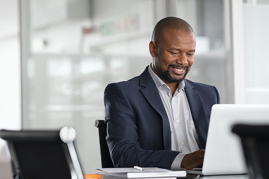 University of Phoenix Survey Reveals How Worker Optimism Prevails Amidst Persistent Long-Term Problems