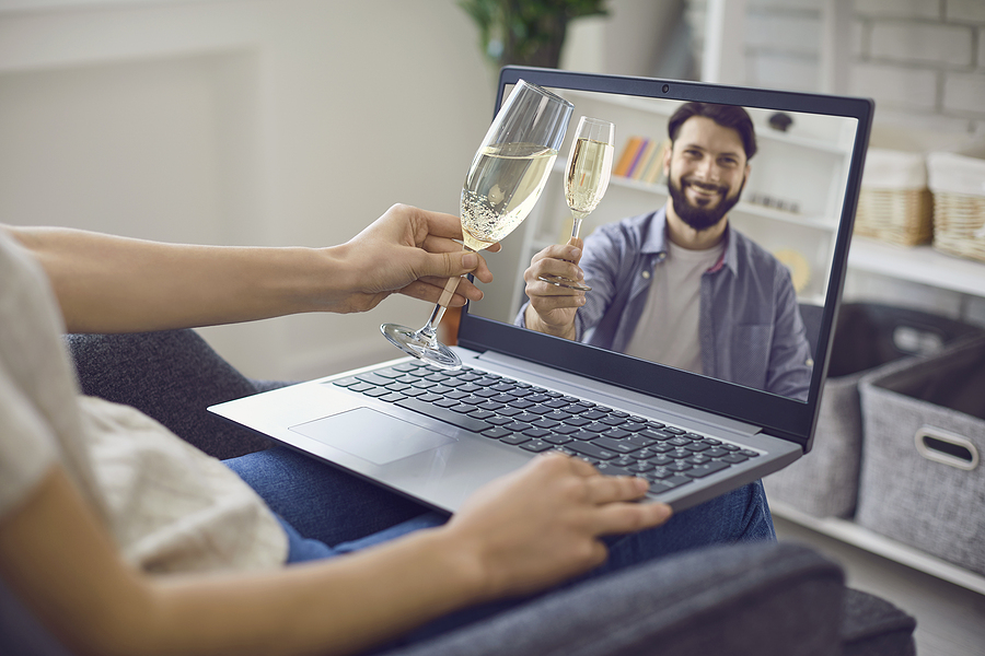 Adult Web Cams Boom as Interest in Dating Diminishes