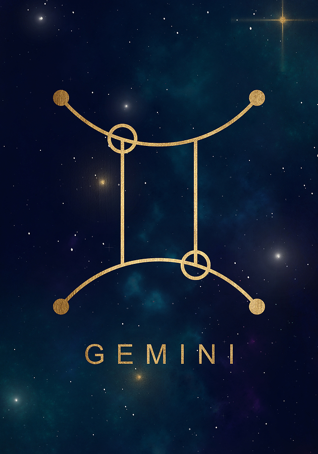 5 Signs a Gemini Man is Attracted to You