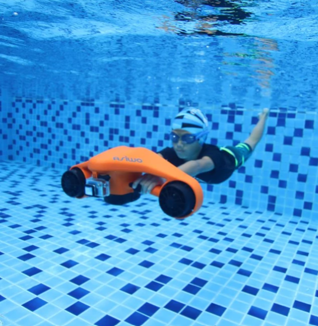 Tips and tricks to using your underwater scooter safely
