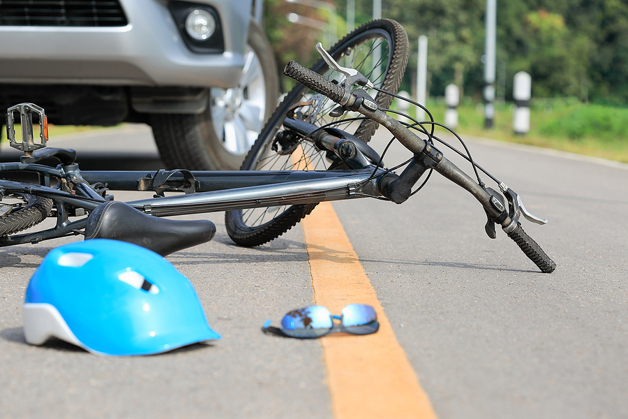 Bicycle Accident Settlements: Is It Worth Getting An Injury Lawyer?