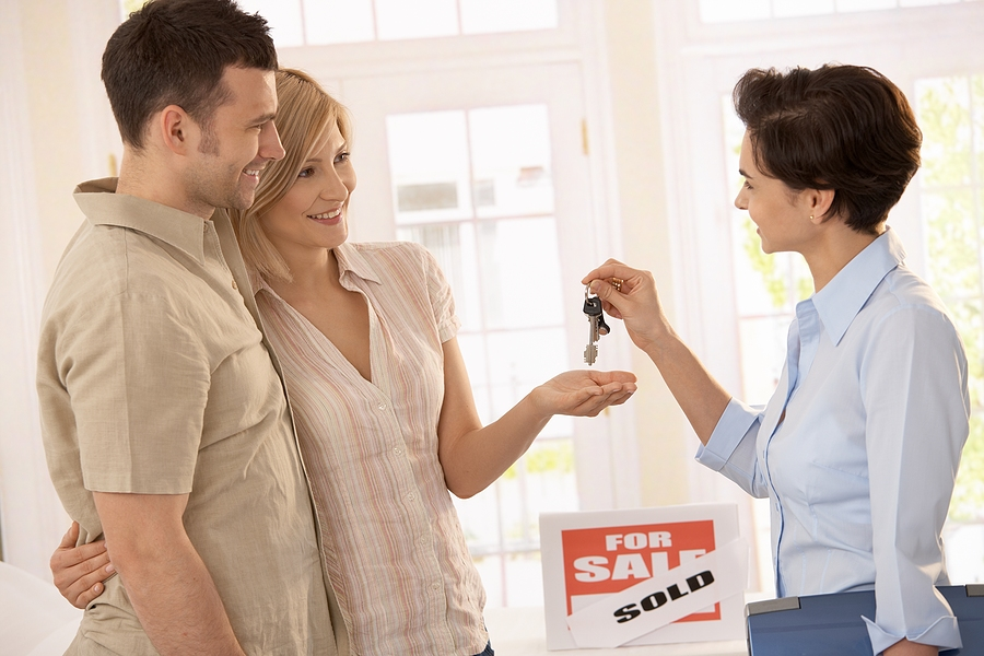 The Benefits of Partnering with an Online Real Estate Lawyer
