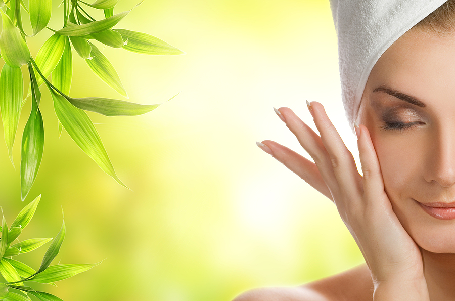 Six Must-Have Anti-Aging Essential Oils