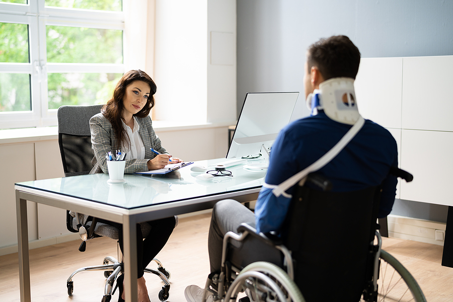 Hiring a Personal Injury Lawyer? Here is How You Choose the Right One