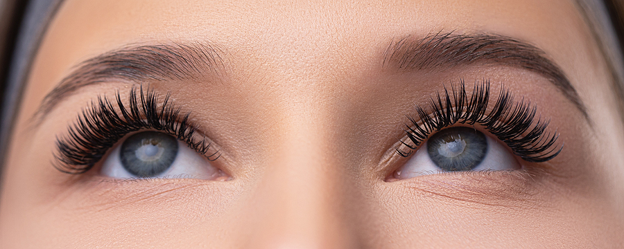 How To Clear Eyelash Glue with No Harm
