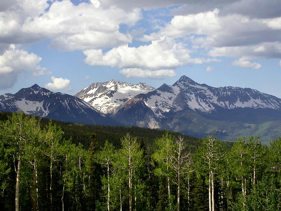 Tips to keep safe driving through Colorado's Rocky Mountains