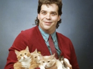 Behold! Glorious Vintage Photos Of Men Posing With Cats