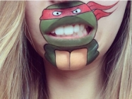 This Makeup Artist Paints Cartoon Characters Onto Her Lips