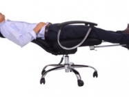 This Reclining Office Chair Is For Snoozing On The Job