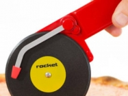 Wicky-wicky! Check Out This Turntable Pizza Cutter