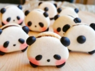 Panda Macarons & More Incredible Links