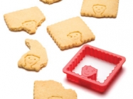 The Hairdo Cookie Cutter Lets You Change A Cookie's Hairstyle!