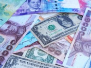 What makes currency trading such an appealing career?