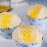 Yellow Snow Cupcakes Kit